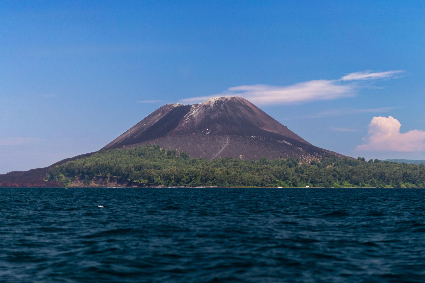 Krakatoa & Ujung Kulon Wildlife